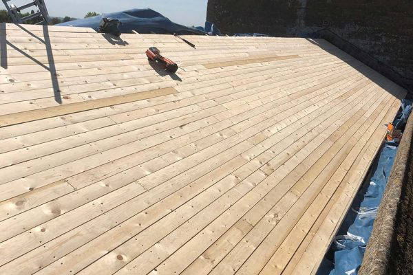 Completed-ventilated-roof-decking