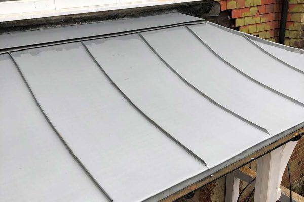 VM-Zinc-swept-canopy