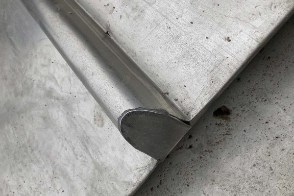 stainless-steel-roofing--round-capping.jpg-2